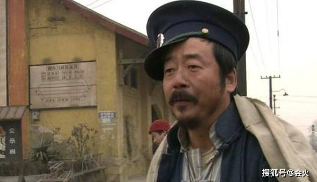 太唏嘘 燕子李三 张立拿三个铁盆砸头,还向潘长江要角色演