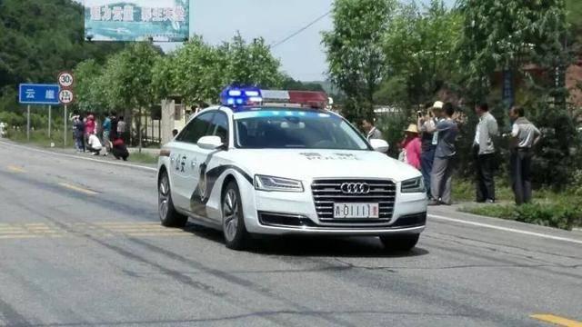 跟军车、警车发生交通事故该如何处理,你知道吗?