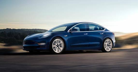 新增4000+超充桩,Model 3销量过万,特斯拉正在国内布一盘大局?