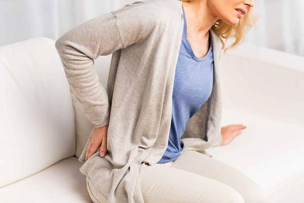 """女性总是腰疼,若不是腰部问题,可能就是被3种妇科病""""缠""""上了"""