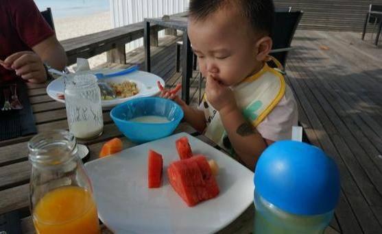 """3种辅食""""打死""""都不能给娃吃,没营养还伤脾,容易积食不发育"""