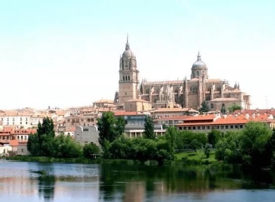 西班牙现排华传单 发什么了什么?