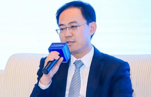 何晓军:当前汇率稳定利息回报率高,资金只要流入中国存钱都能赚钱