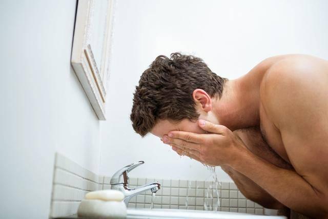 公认4个促睾方法,提高男士魅力指数,你学会几个?
