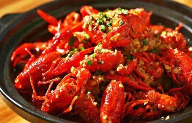 今年的小龙虾为何那么便宜?但想吃趁早,七月可能涨价!