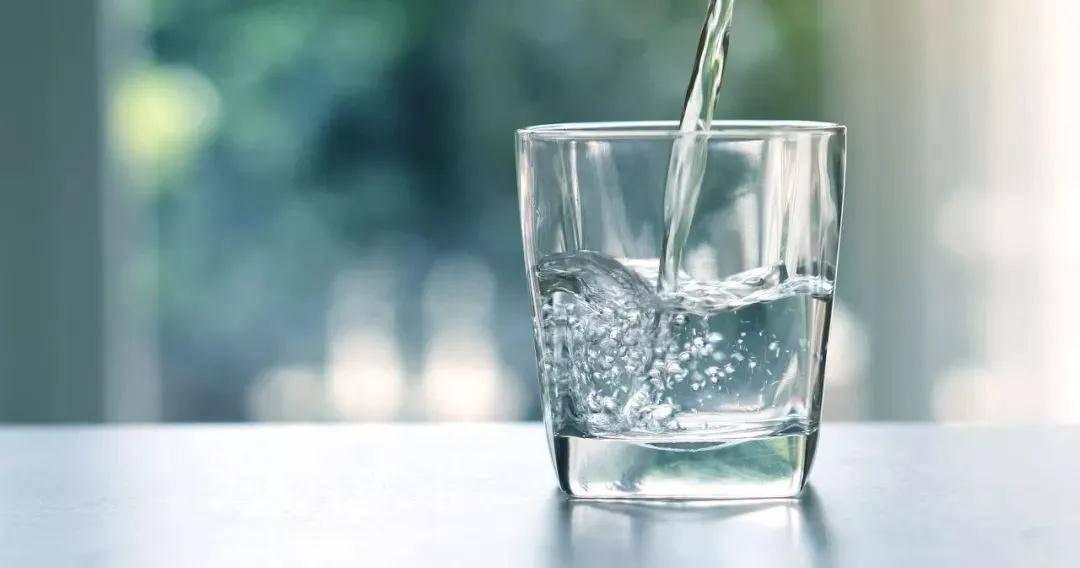 倩狐:喝水也能减肥?记住这几个时间段,让你越喝越瘦~ 减肥方法 第2张