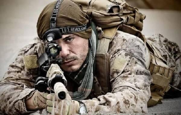 100个狙击手能否打得过100名步兵?专家:斯大林格勒就是经典例子