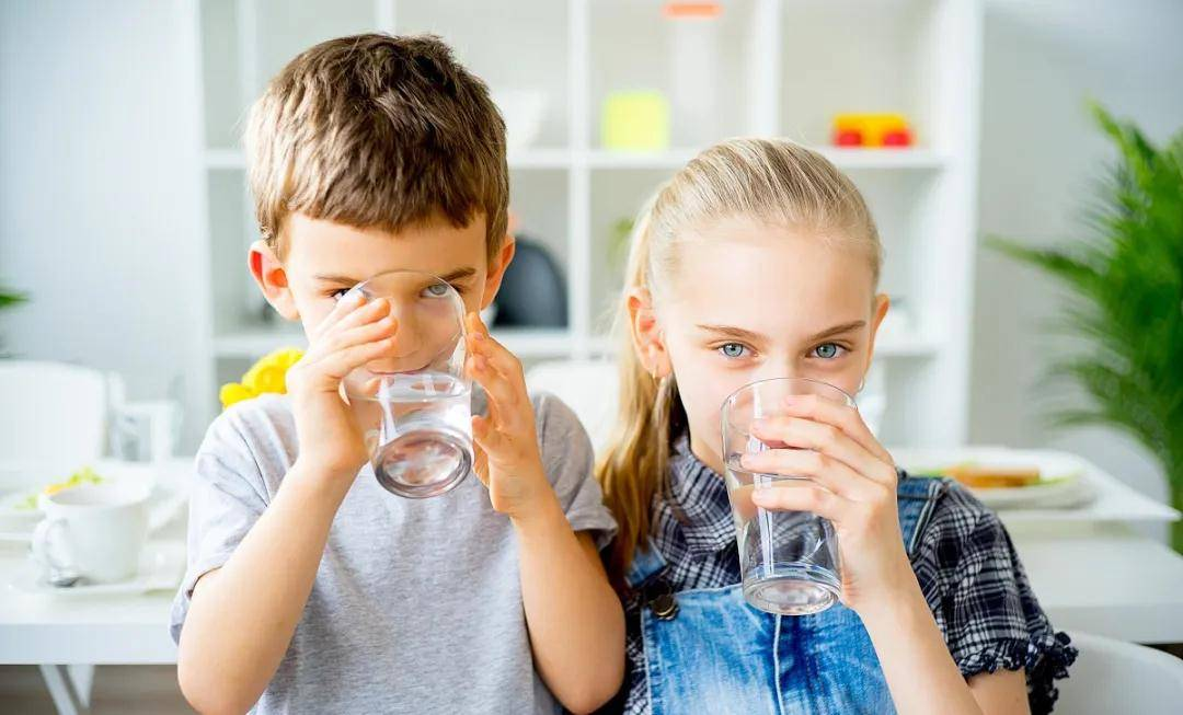 倩狐:喝水也能减肥?记住这几个时间段,让你越喝越瘦~ 减肥方法 第4张