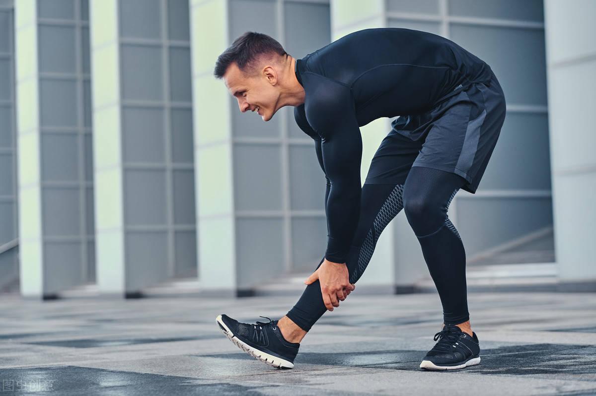 你能够摸到自己的脚尖吗?如何提高身体柔韧性? 减脂食谱 第2张