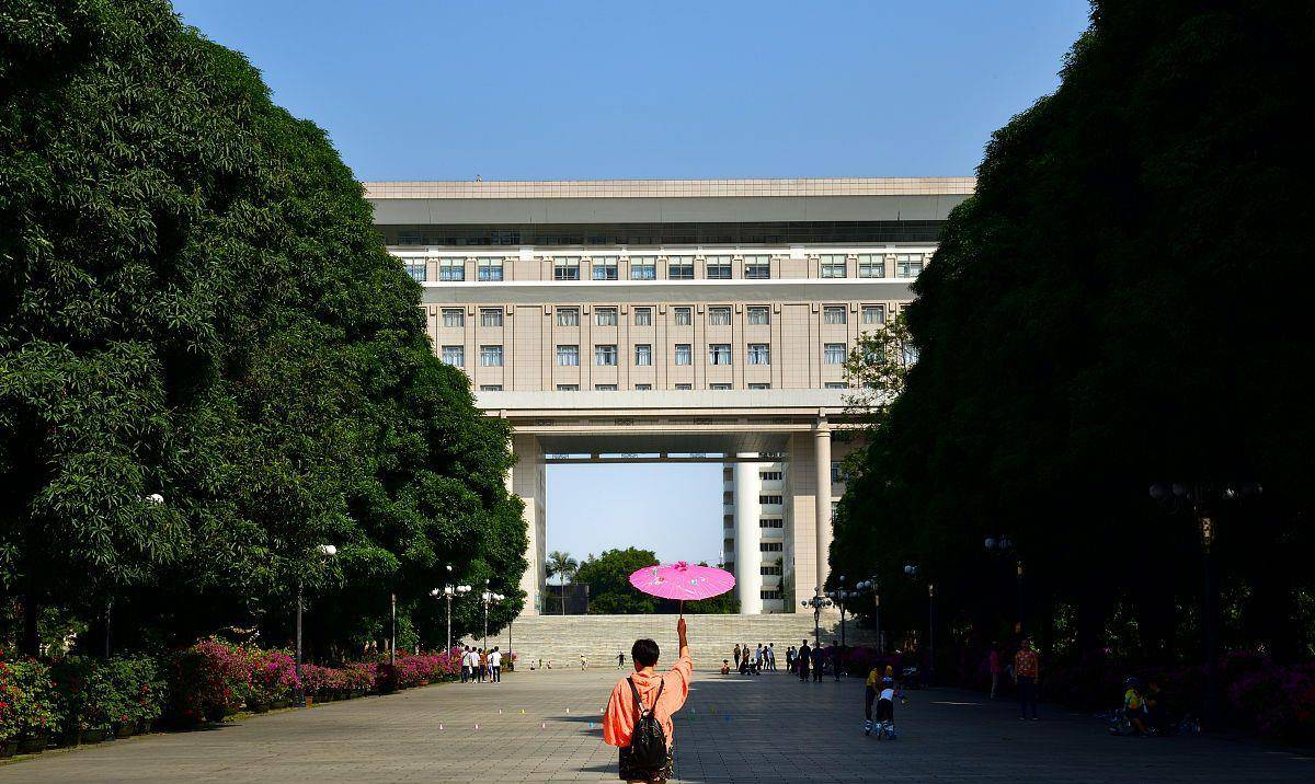 广西的大学实力偏弱,新建高校多为专科院校,为何不是本科院校