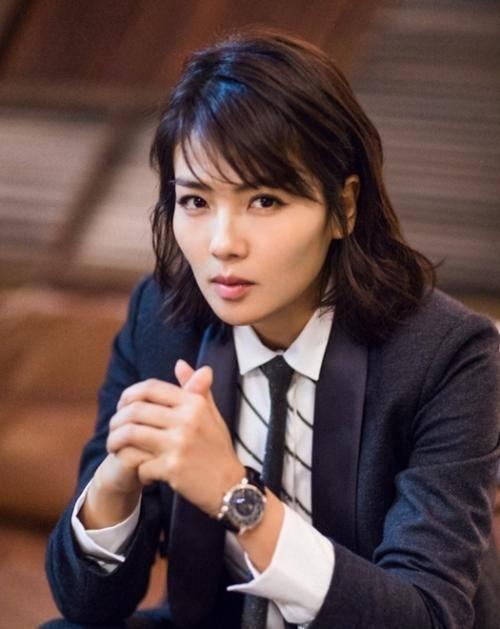 宋茜杨丞琳刘涛闫妮30岁时比20岁美,原来阅历是女人最好的化妆品