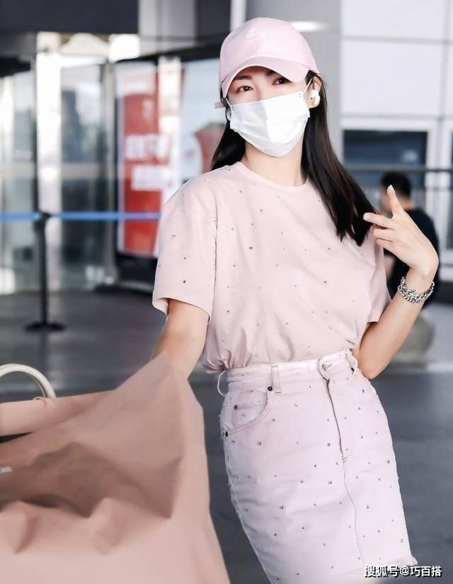 """""""人世reaction王""""张雨绮穿衣没品?你错了,她的时尚品味你不懂"""