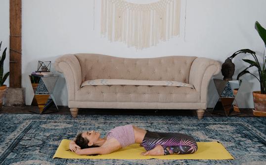 人老腿先衰,学会这套瑜伽序列,让你的双腿充满青春活力_身体 知识百科 第9张