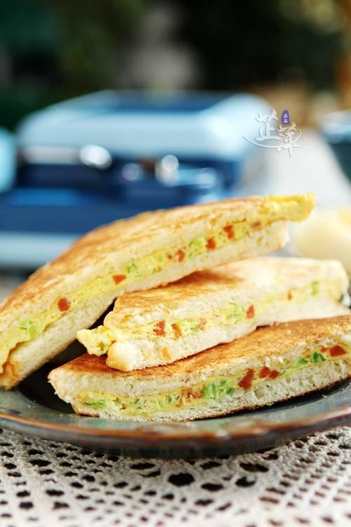 三明治鸡蛋这么做好吃翻倍,我家早餐天天吃,营养快手最方便内附三款做法