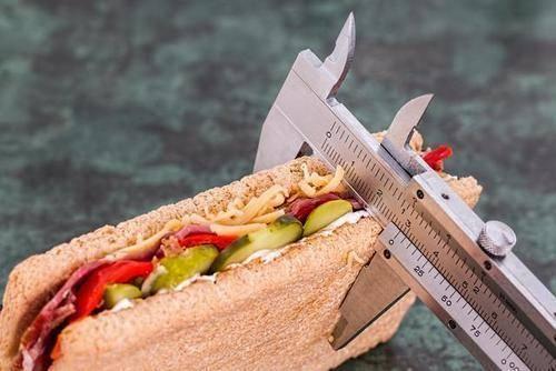 减肥的人都要知道:三大热量误区容易导致肥胖,想要减重别踩坑
