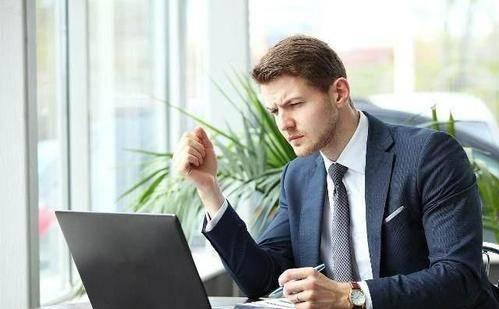 职场中,领导委托你做某事时,你不能轻易就答应