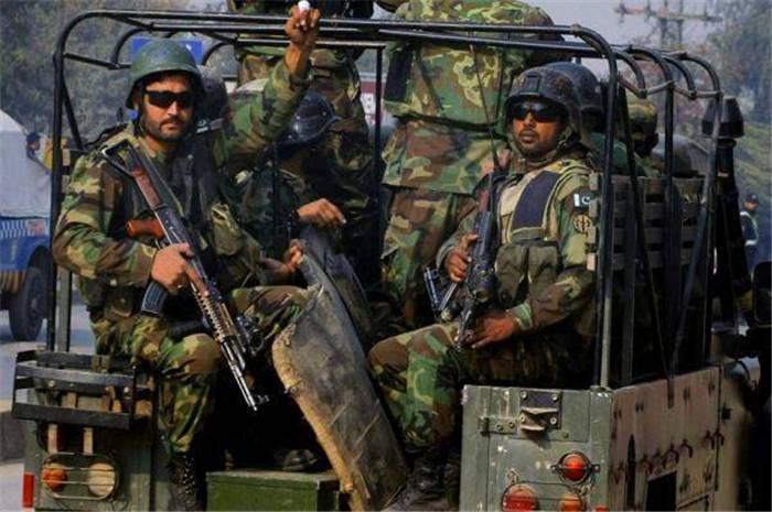 尼泊爾擊落印度入侵戰機,逮捕飛行員!印軍估錯對手實力