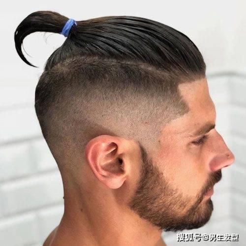 """原创             男士""""丸子头""""发型帅气迷人,夏天留一款,时尚,绅士,显精神"""