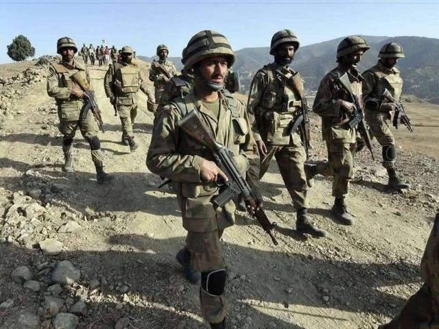 停火决议又被无视,印军开火打死巴军多人,巴两万大军向边境集结