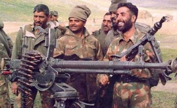 不能小看印度军力,也曾涌现英模人物,比如卡尔吉尔战争中的上尉