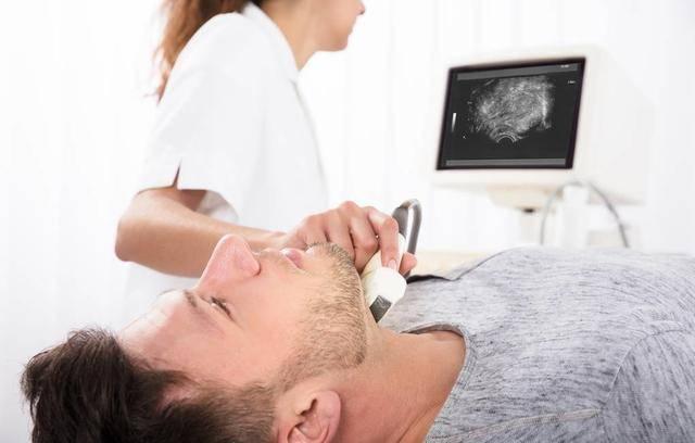 体检发现颈动脉斑块后,他问了一个问题,脑梗塞会不会遗传?