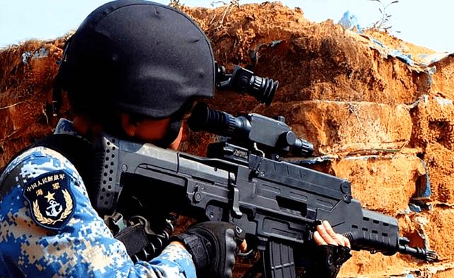 """国产QTS-11式""""战略""""单兵步枪, 威力强悍被称""""小钢炮"""", 成本极高!"""