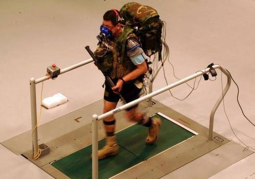 美国大兵再也不怕战场上被炸断胳膊大腿肌肉再生技术