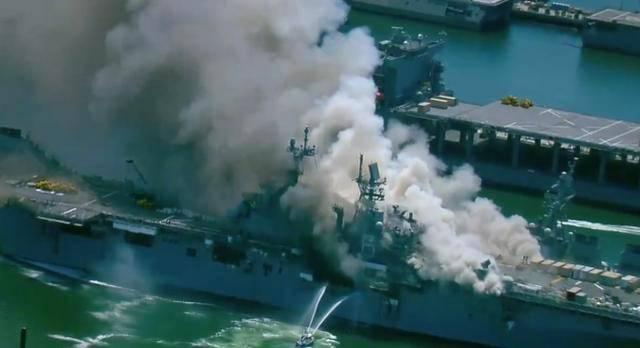 <strong>美军两栖旗舰被烧!浓烟滚滚,如导弹击中,曾</strong>