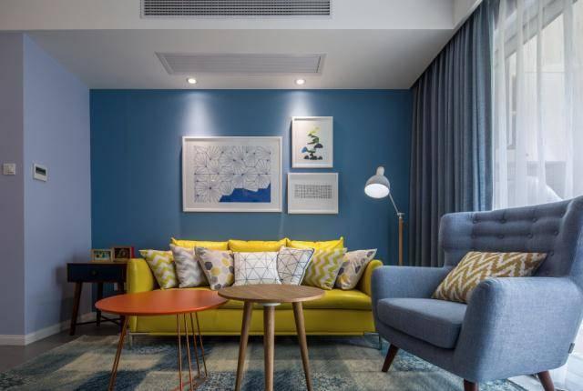 为了客厅的优雅,每个人都会在客厅的茶