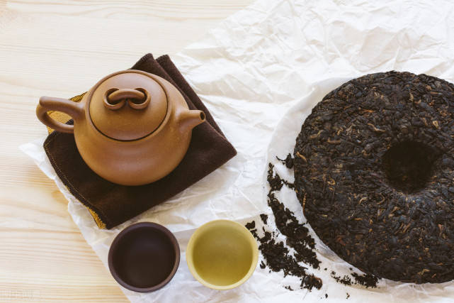 普洱生茶和熟茶的区别减肥图片
