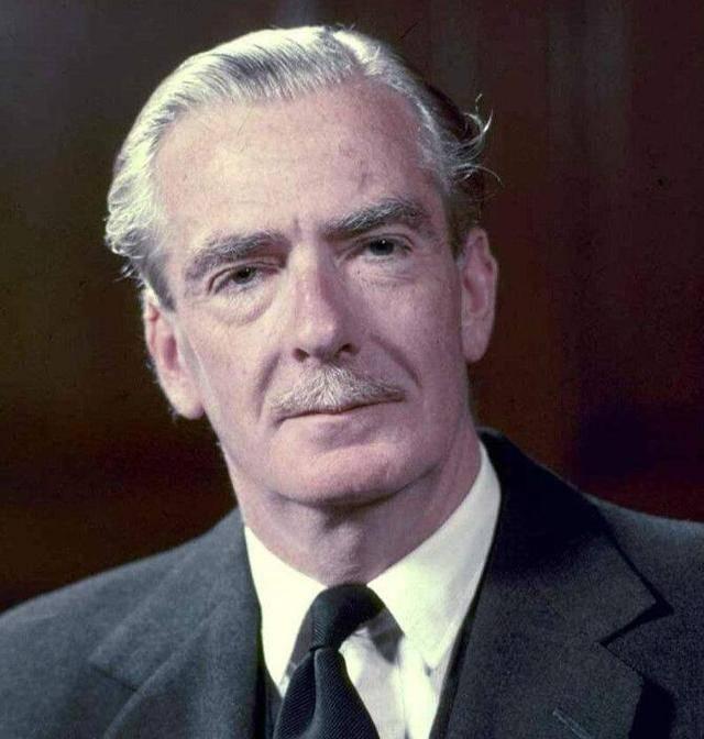 为什么哈克总理将接替丘吉尔的前总理艾登与张伯伦捆绑在一起? 丘吉尔继任者艾登