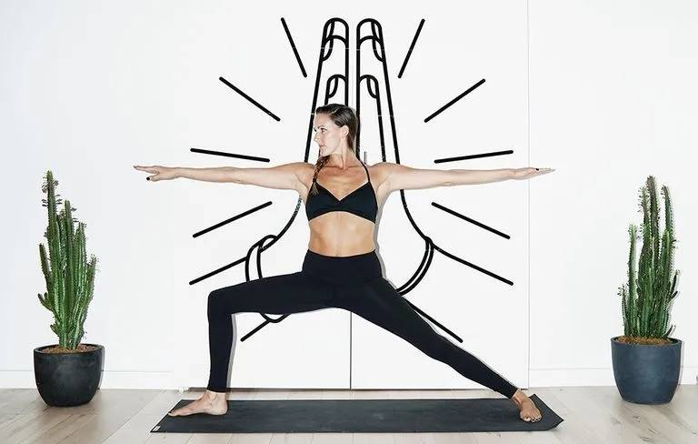 想要瘦腿看这里,一套简单的瑜伽动作,在家就能轻松练出大长腿_双腿