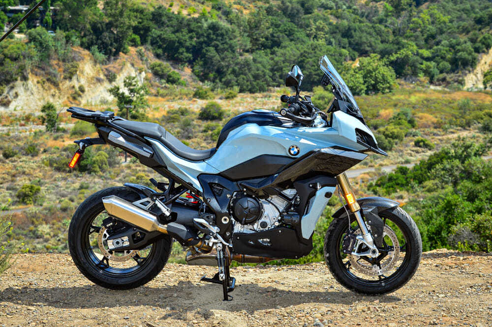 2020款宝马S1000XR 更极致的运动旅行摩托