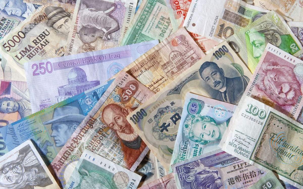 近20年,全球外储中美元占比由73%下滑至62%,那人民币、欧元呢?