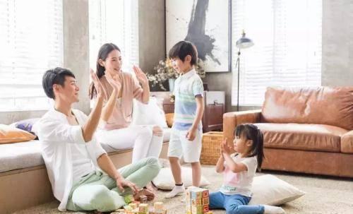 和宝宝一起玩这些游戏可以提高孩子的思