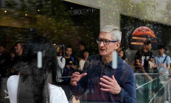 《Finq睿拓集团:盘后大涨5%,苹果公司宣布1:4拆股》