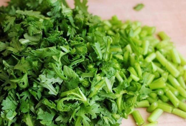 想长寿先养肝,4种蔬菜敞开吃,护肝排毒,给身体来个大扫除
