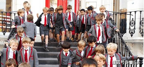 了解英国小学差异,为孩子选择适合的学校!