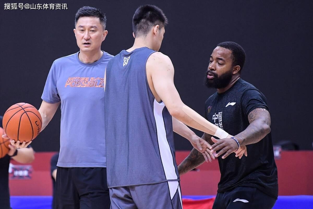 杜锋今晚要送北京男篮回家