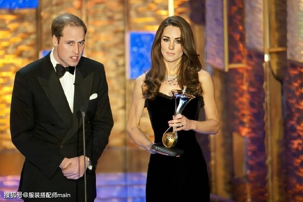 凯特王妃9年前美照被疯传,一袭黑裙端庄优雅,身材气质不输超模
