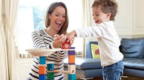 孩子误吞磁力珠被截肠:5类玩具很危险,娃再怎么闹,家长也别买