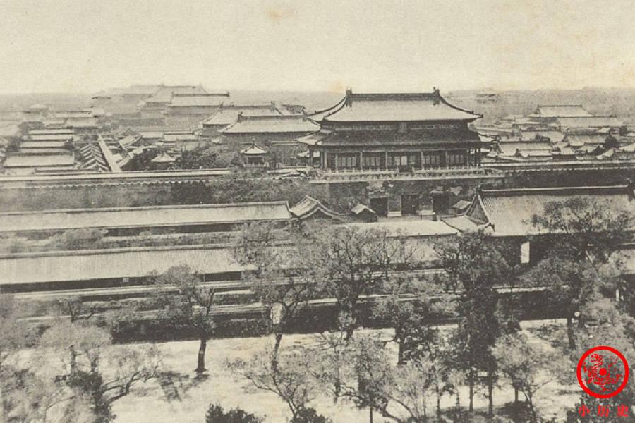 慈禧太后晚年为什么很少居住在紫禁城?