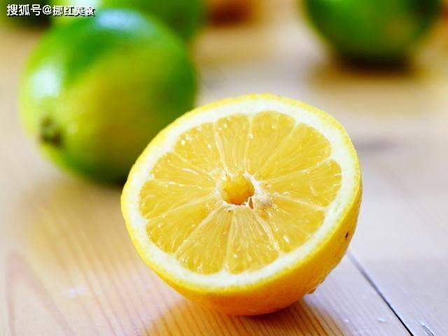 别就知道柠檬泡水美白,还有更多的妙用啊,快收藏吧
