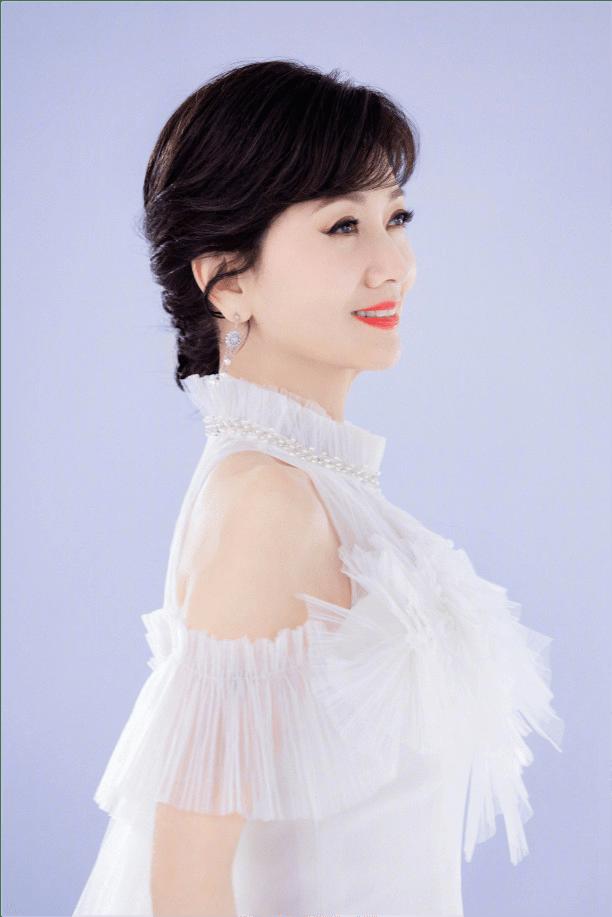 赵雅芝代言酸奶夸大助眠功能被官媒批虚假营销后,她仍宣传睡的甜
