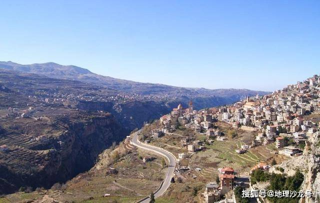 """原创             """"中东瑞士""""黎巴嫩:沿海山地国家气候湿润怡人,有着悠久的历史"""