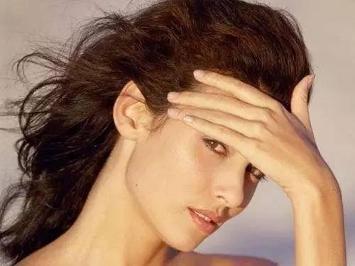 蕾琳|蒹霞苍苍,白露为霜,秋冬护肤小细节来啦