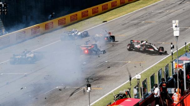 F1重启连环追撞事故12人被正告 官方认证博塔斯控速不违规