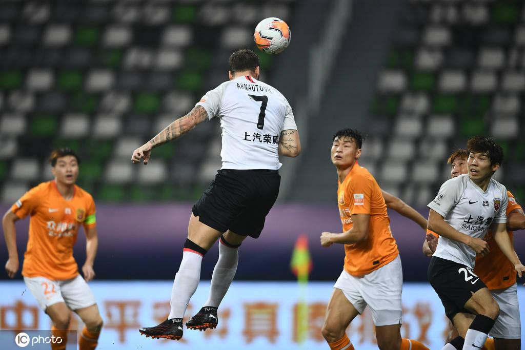 两边均无建树,武汉卓尔0-0上海上港