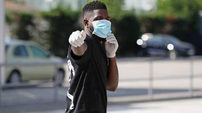 巴萨世界杯冠军无人问津 巴黎不想买里昂买