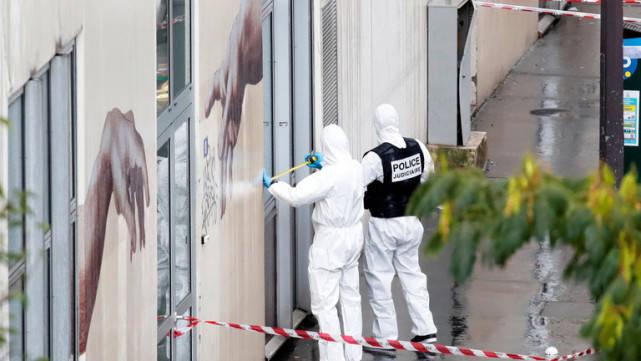 暴恐袭击,又是巴黎查理周刊!曾遭极端武装血洗,大批军警已赶到